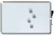 A3 Pizarra magnética 28 x 43 cm.  Plata. Incluye marcador de pizarra blanca e 4 imanes